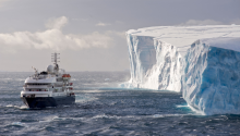 Download Antarctica Iceberg Ship PS Vita Wallpaper